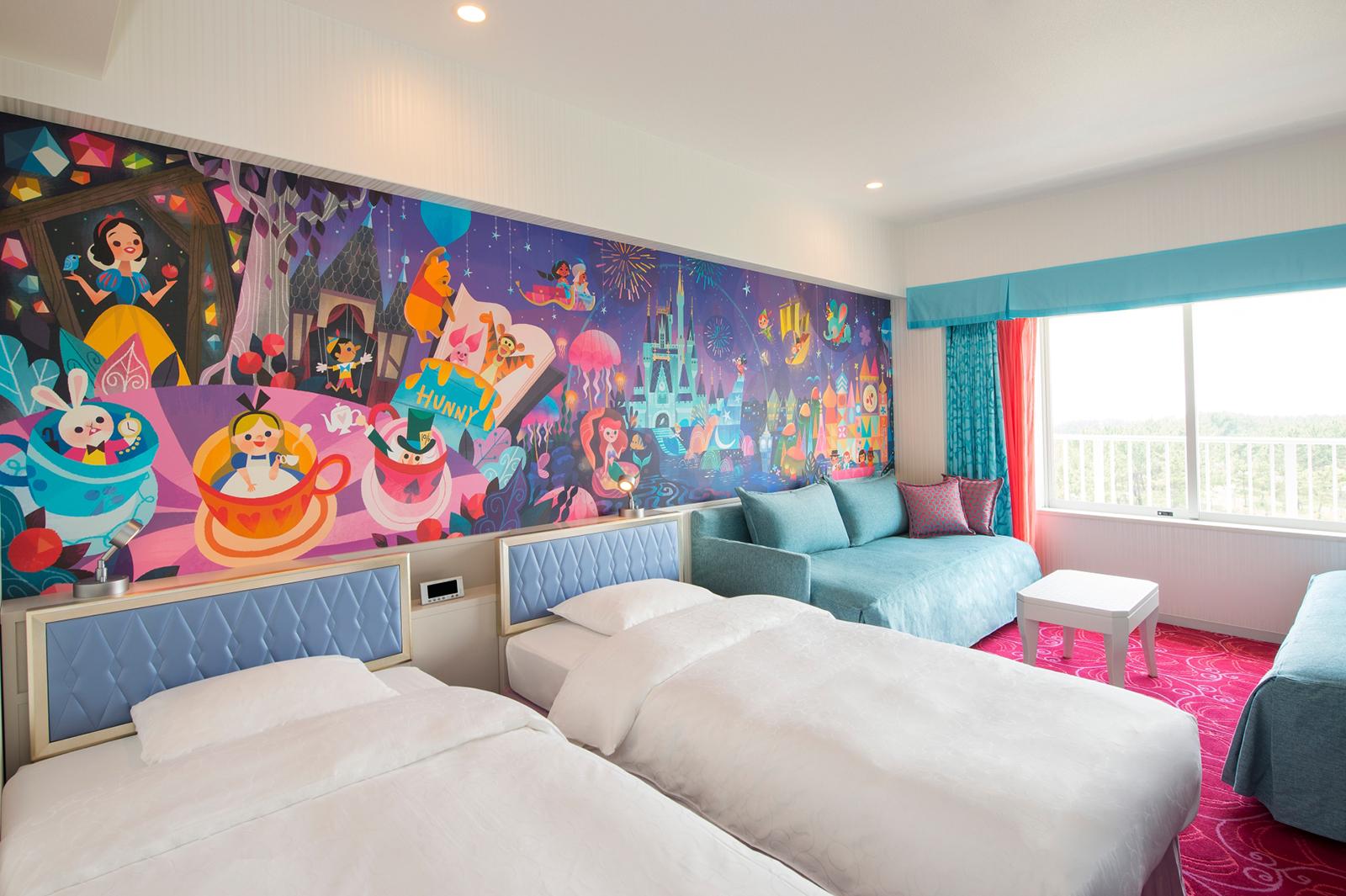 DisneyHotel00004